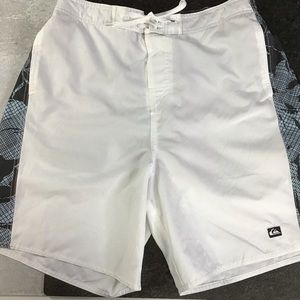 Quiksilver Lg Board Shorts White Gray Blue 0366